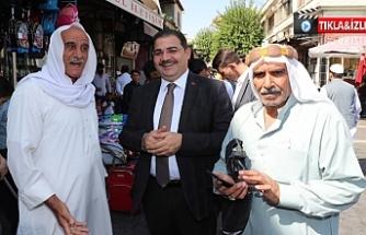 Sınırını aşan Canpolat esnaf ve vatandaşlar tarafından sıcak karşılandı