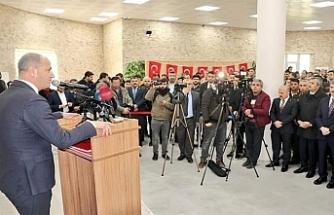 Gazetecileri ilk kutlayan Yavuz oldu