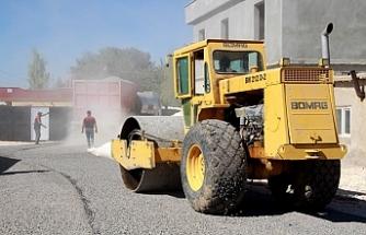 Harran kırsalında asfalt seferberliği sürüyor