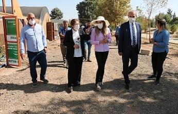 Polat Akçakale'yi ziyaret etti