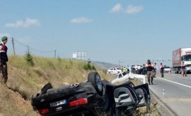 Kütahya'da Trafik Kazası, 2 Ölü 6 Yaralı