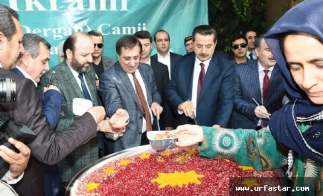 Cumhurbaşkanlığı Urfa'da da aşure dağıttı