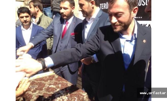 Ankara'da hayatını kaybeden vatandaşlar için ikramda bulundular