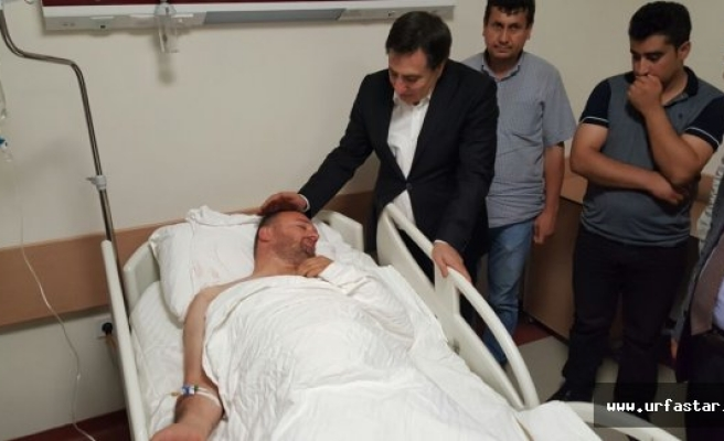 Yaralı Polisi ziyaret etti...
