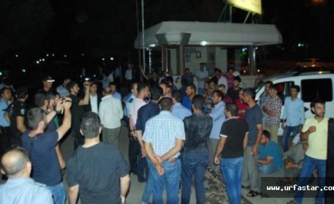 Urfa'da gece yarısı eylem yaptılar..