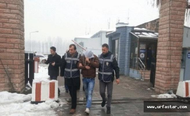 Yaşlı kadınları dolandıran 2 kişi yakalandı