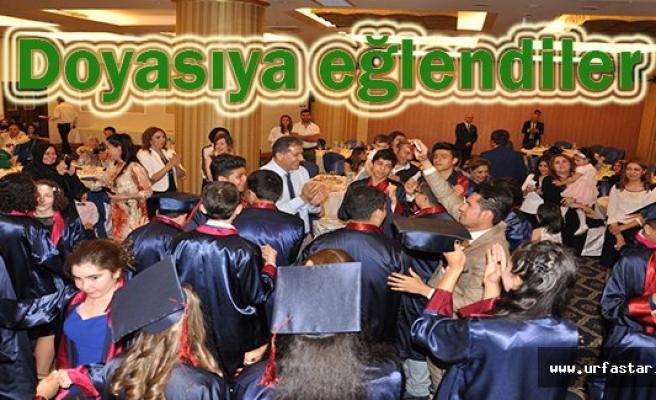 Doğa Koleji öğrencileri mezun oldu