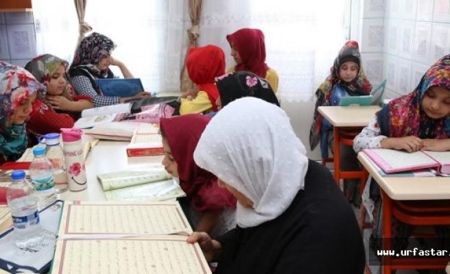 Eyyübiyeli kadınlar göz dolduruyor