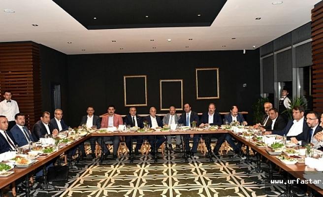 Bakan Fakıbaba, vekiller ve belediye başkanları Tüten'de buluştu