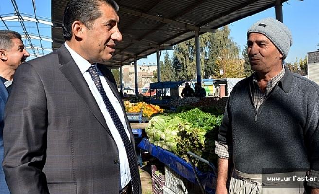 Başkan Atilla semt pazarını gezdi