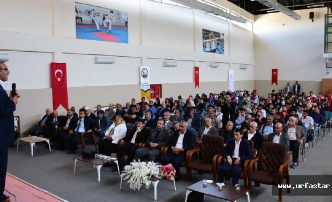 Hilvan'da Sosyal, Kültürel ve Toplumsal Eğitim Konferansı