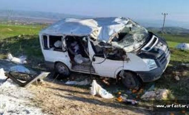 Öğrencileri Taşıyan Minibüs Devrildi: 25 Yaralı