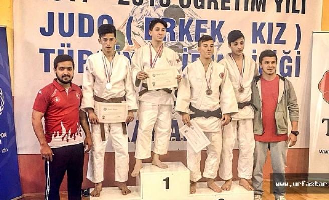 Urfalı judoculardan bir başarı öyküsü daha...
