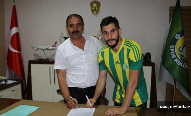Urfaspor'da bir imza daha atıldı