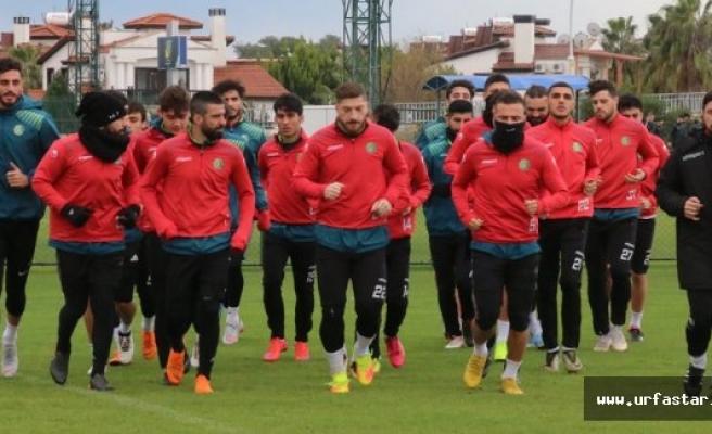 Urfaspor, Antalya'da ilk maçına çıkıyor
