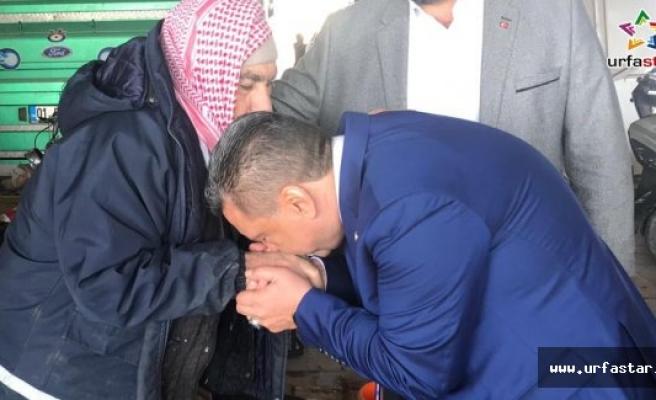 El öpüp dua istedi...