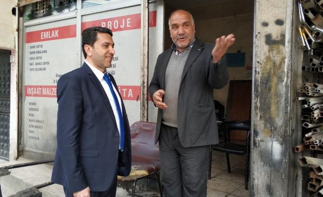 "Hekimoğlu ""esnaf gezisinden moral aldık"""