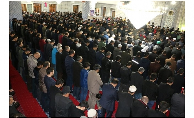 Urfa'da millet camilere akın etti