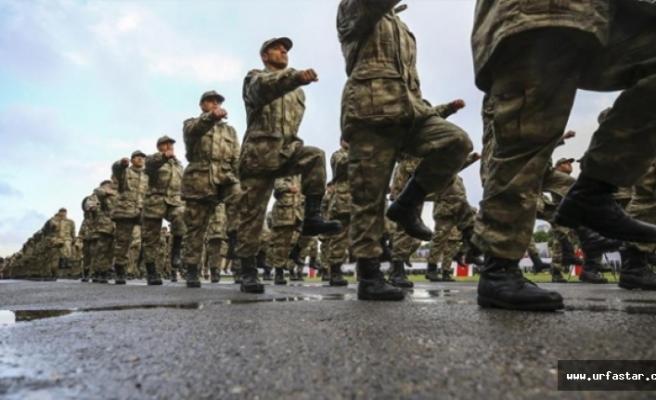 Yeni askerlik Meclis'te…