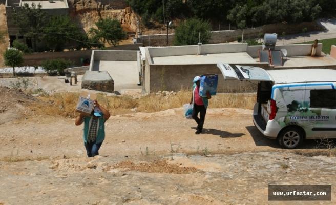 Eyyübiye'de dezavantajlı ailelere yardım eli uzanmaya devam ediyor