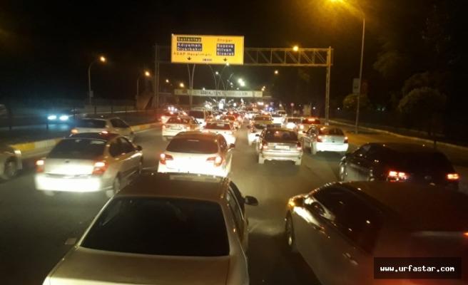 Urfa'da trafik durma noktasına geldi...