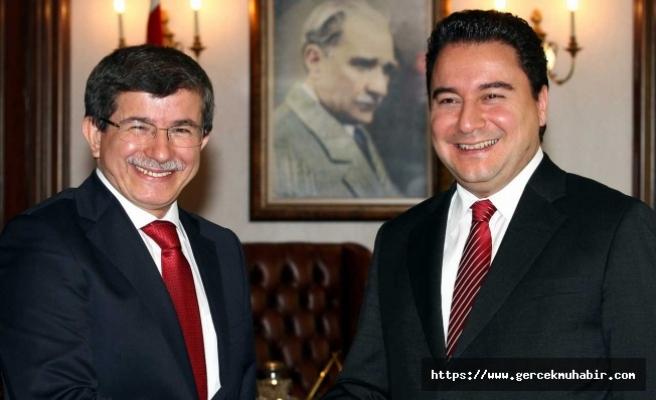 Davutoğlu'dan Babacan'a genel başkanlık çağrısı...