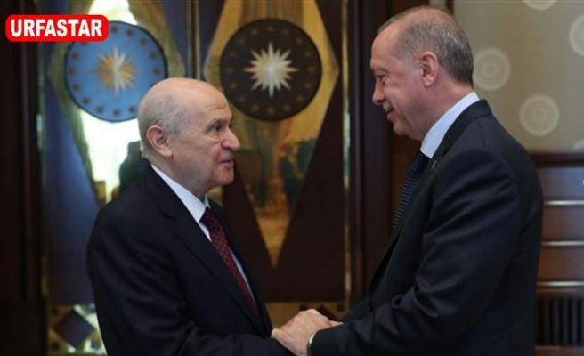 Erdoğan ve Bahçelinin yüzünü güldüren araştırma