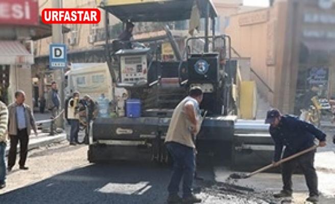 Haliliye Belediyesi Köprübaşı'nda Asfaltlama Yaptı