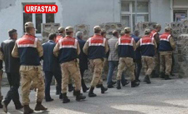 Terör örgütüne yardım eden 6 muhtar gözaltına alındı