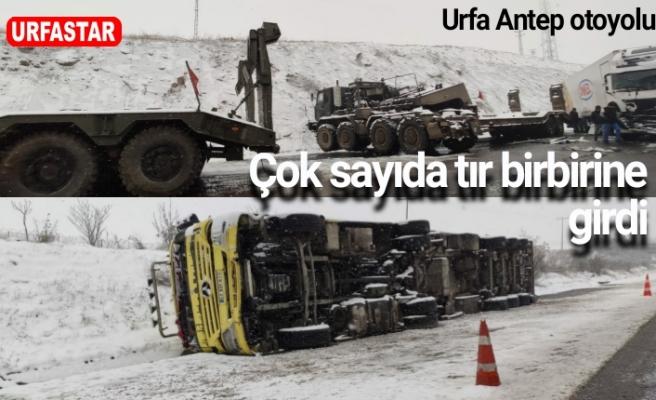 Askeri araç kaza yaptı