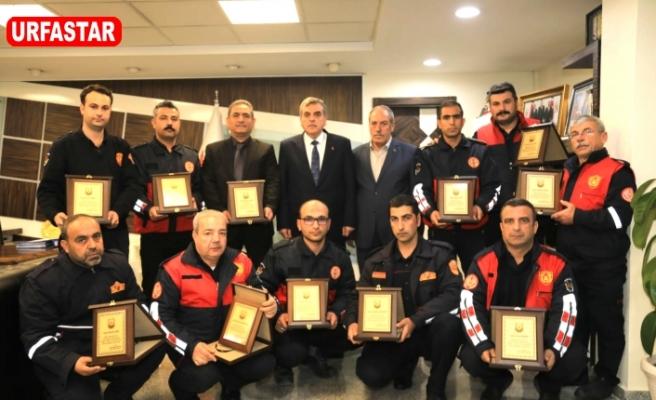 Urfa'da itfaiyeciler ödüllendirdi