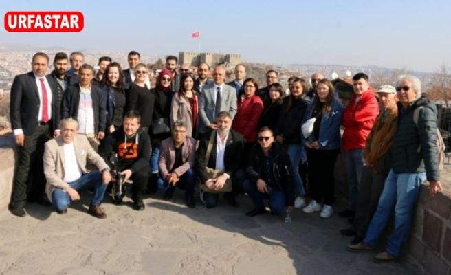 150 Gazeteci katıldı