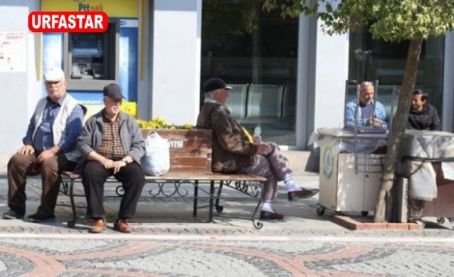 65 yaş üstü ve hastalara sokağa çıkma yasağı