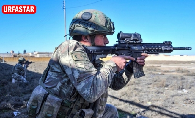 Dünya koronayla, Türk Askeri terörle mücadele ediyor