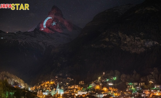 İsviçre'de Türk Bayrağı manzarası
