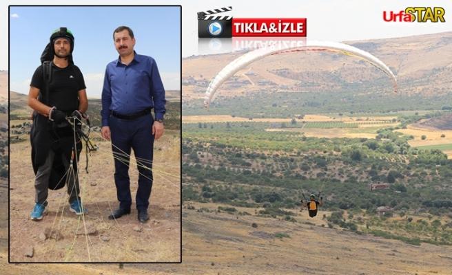 Karaköprü'de yamaç paraşütü uçtu