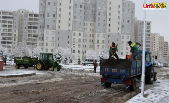 Kar yağan bölgelere müdahale edildi