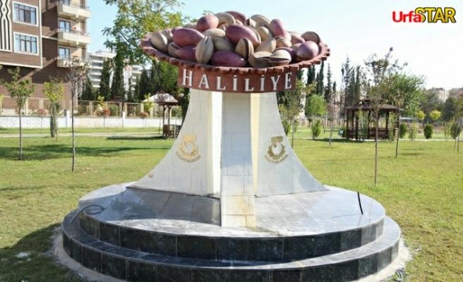 Haliliye'de kimlikli parklar renk saçıyor