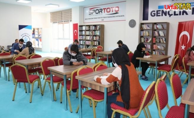 Akçakaleli öğrenciler Yalçınkaya'ya teşekkür etti
