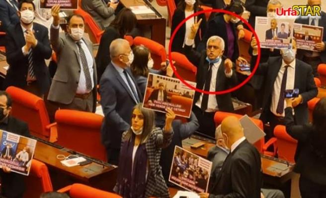 Vekilliği düşürülen HDP'li vekil protesto etti