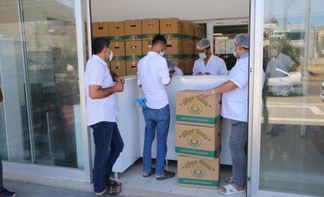 Haliliye'de çölyak hastalarına yardımlar sürüyor