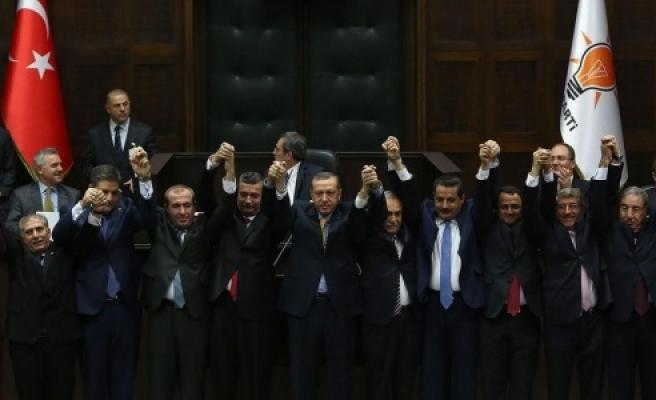 AK Parti bakın adaylar için ne yaptı?