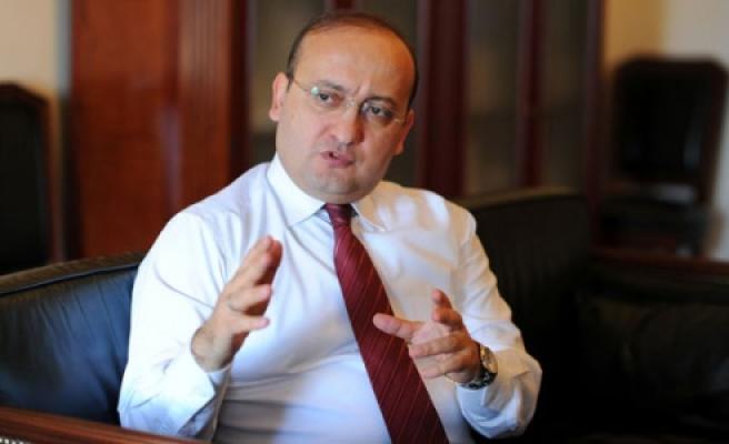 Akdoğan mesaj yayınladı