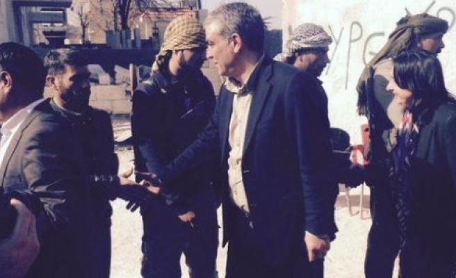 Ayhan ve Binici Kobani'de