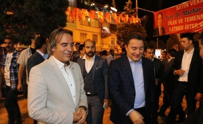 Babacan'dan Bağlı'ya destek ziyareti