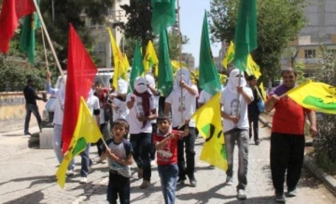 BDP'liler bakın bu kez neyi protesto etti?