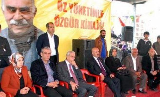 BDP'liler Viranşehir'de buluştu...