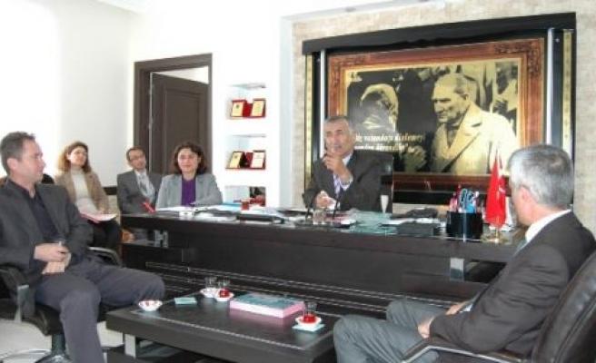 Belediye Meclisinden Başkan Ballı'ya Kredi Yetkisi
