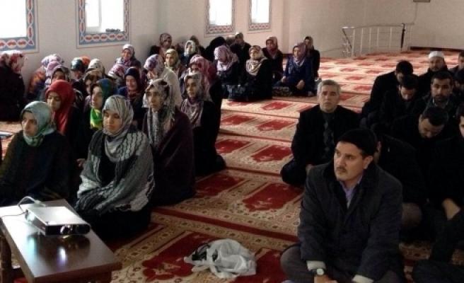 Din görevlilerine 'kadına şiddet' semineri