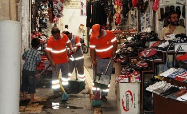Eyyübiye Belediyesi temizliği önemsiyor...